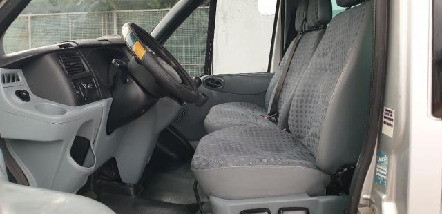 FORD Transit Tourneo pulmino 9 posti finestrato pieno